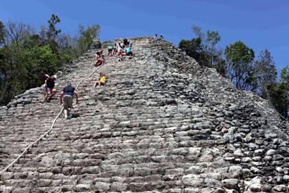 130405_maya_pyramide_kl.jpg