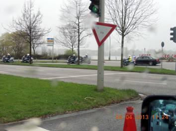 130426_Gauck-Kolonne_kl.jpg