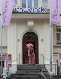 schweinske_kl.jpg